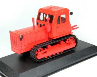 Т-4А, Тракторы 17, красный