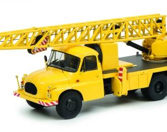 """Tatra T138 """"Kranwagen"""", yellow"""