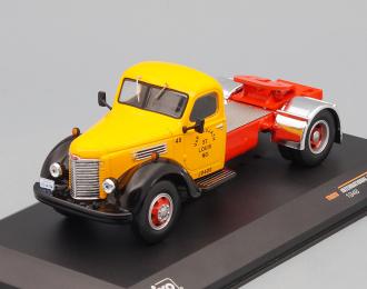 INTERNATIONAL Harvester KB7 (1948), orange / black