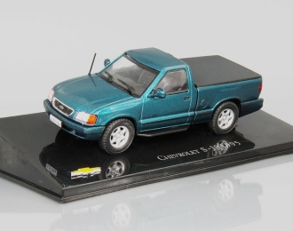 CHEVROLET S-10 (1995), green