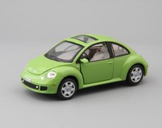VOLKSWAGEN New Beetle, green