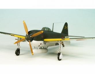 Сборная модель Японский одноместный истребитель Kawanishi Shiden Type 11