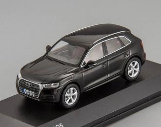Audi Q5 (2016), black