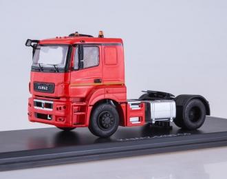КАМАЗ-5490-S5 седельный тягач, красный
