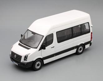 VOLKSWAGEN Crafter Bus, white