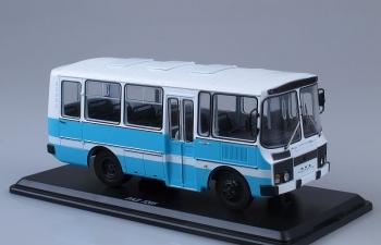 Павловский автобус 3205 Пригородный, бело-голубой