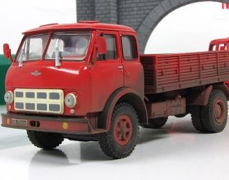 МАЗ-500А бортовой, легкое запыление