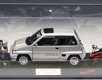 HONDA City Turbo II (в комплекте с красным мини-мото, бульдогом и прозрачным боксом) 1983, silver