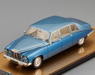 DAIMLER DS 420 Limousine, blue
