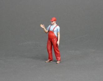 Фигура Работник заправки вешает пистолет (масштаб 1:24), окрашенная