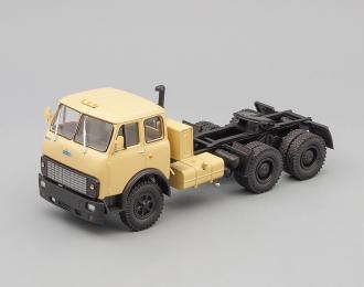 МАЗ 515Б седельный тягач (1977), бежевый