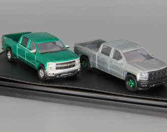 набор CHEVROLET Silverado Customer Pick-up, green and silver