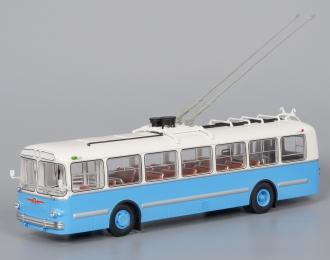 ЗИУ 5 троллейбус (1961-1969), бело-голубой