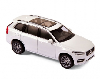 VOLVO XC90 (2015), crystal white metallic