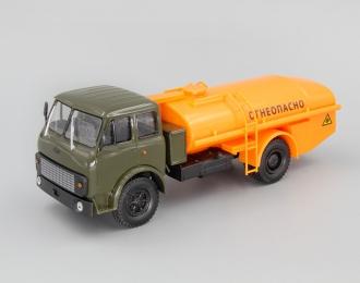 """МАЗ ТЦ-7.5 Цистерна """"Огнеопасно"""", зеленый / оранжевый"""
