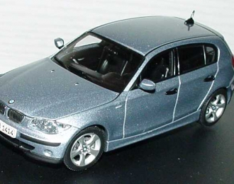 BMW 1er E87 (2004), quarz blue met.