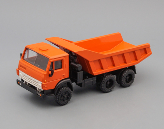 Камский грузовик 5511, оранжевый