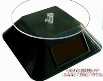Подиум вращающийся на солнечных батареях (пирамида №2), черный