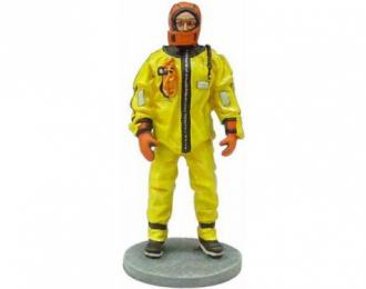 Канадский пожарный в утеплительном костюме г.Монреаль 2003