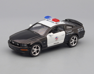 FORD Mustang GT Police (2006), black / white