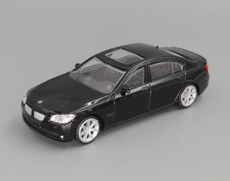 BMW 750Li, black