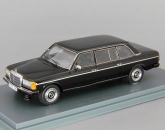 MERCEDES-BENZ V123 Lang, black