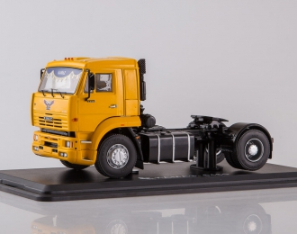 Камский грузовик 5460 седельный тягач, желтый