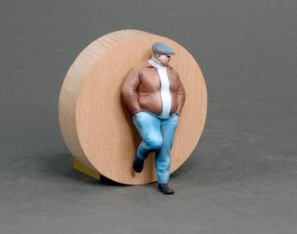 Фигура Мужчина стоит (масштаб 1:24) Вариант 11, окрашенная