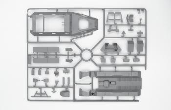 Сборная модель Sd.Kfz.251/6 Ausf.A с экипажем