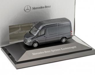 Mercedes-Benz Sprinter фургон серый металлик