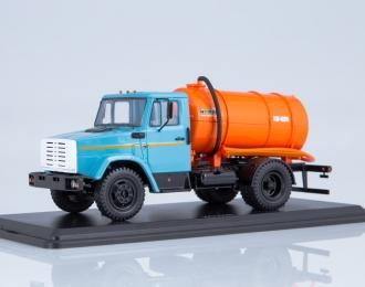 Вакуумная машина КО-520 (4333), голубой / оранжевый