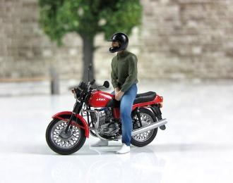 Водитель Максим (для Ява-350) черный шлем