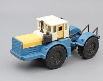 Трактор Кировец, белый / синий