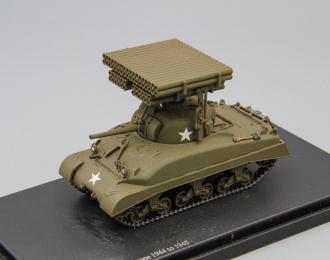 """Американский средний танк M4 Sherman с ракетной установкой Т34 """"Calliope"""""""