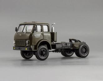 МАЗ-508В седельный тягач (1962), зеленый