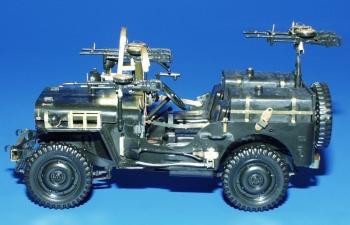 Фототравление Американский вооруженный внедорожник