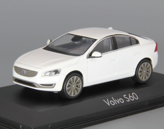 VOLVO S60 (2013), crustal white pearl