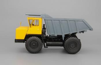 БелАЗ-7540 самосвал-углевоз, желтый / серый
