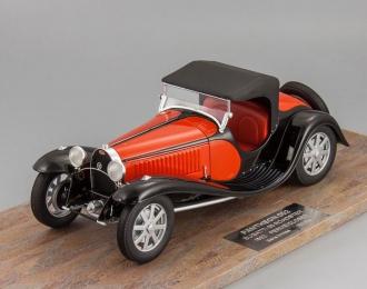 BUGATTI Type 55 (1932), red / black