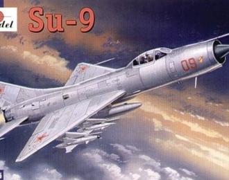 Сборная модель Советский истребитель-перехватчик Су-9