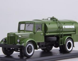 Топливозаправщик ТЗ-200 (на шасси МАЗ-200), хаки