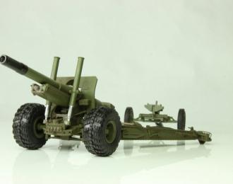 МЛ-20 - 152-мм гаубица-пушка (хаки) с колесами КрАЗ