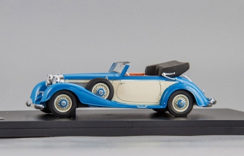 MERCEDES-BENZ 540K Typ A Cabriolet (1936), light blue / beige