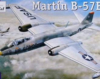 Сборная модель Американский бомбардировщик Martin B-57B / C