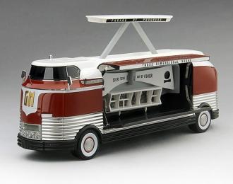 "GM Futurliner 1954 ""Three Dimensional Sound"" - GM Parade of Progress"
