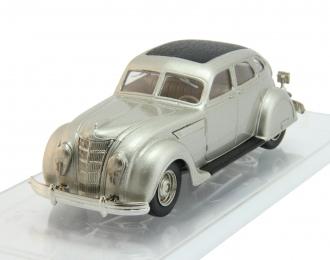 CHRYSLER Airflow Touring Sedan (1935), silver