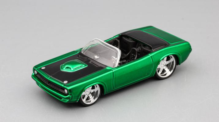 PLYMOUTH Barracuda, green metallic / black