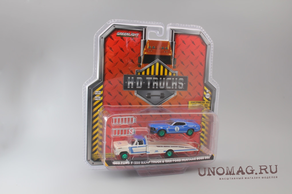 набор FORD F-350 Ramp Truck 1969 и FORD Mustang Boss 302 #1