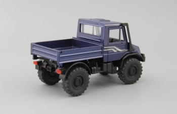 MERCEDES-BENZ Unimog U140, blue