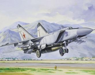 Сборная модель Советский истребитель-перехватчик МиГ-25ПД